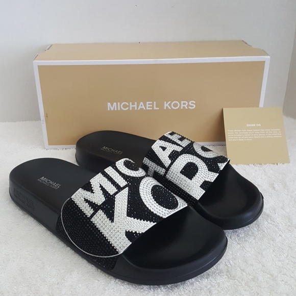 a1b90fa1cb88 New Michael Kors Gilmore Studded Graphic Slides